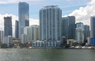 1331 Brickell Bay Dr, Miami, FL 33131